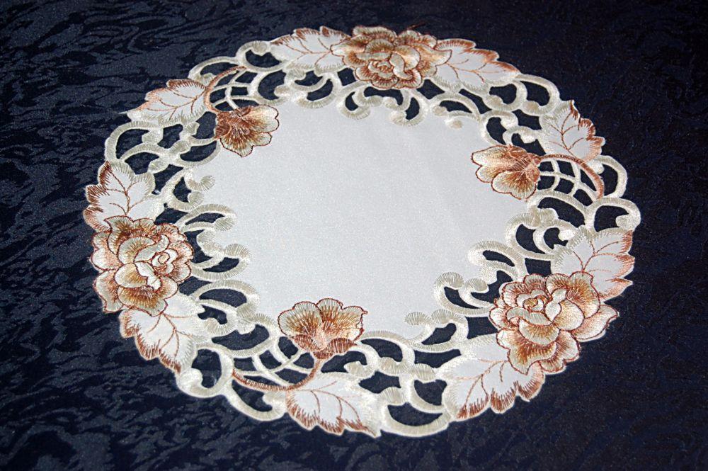 tischdecke creme rosen braun gestickt mitteldecke tischl ufer deckchen l ufer ebay. Black Bedroom Furniture Sets. Home Design Ideas