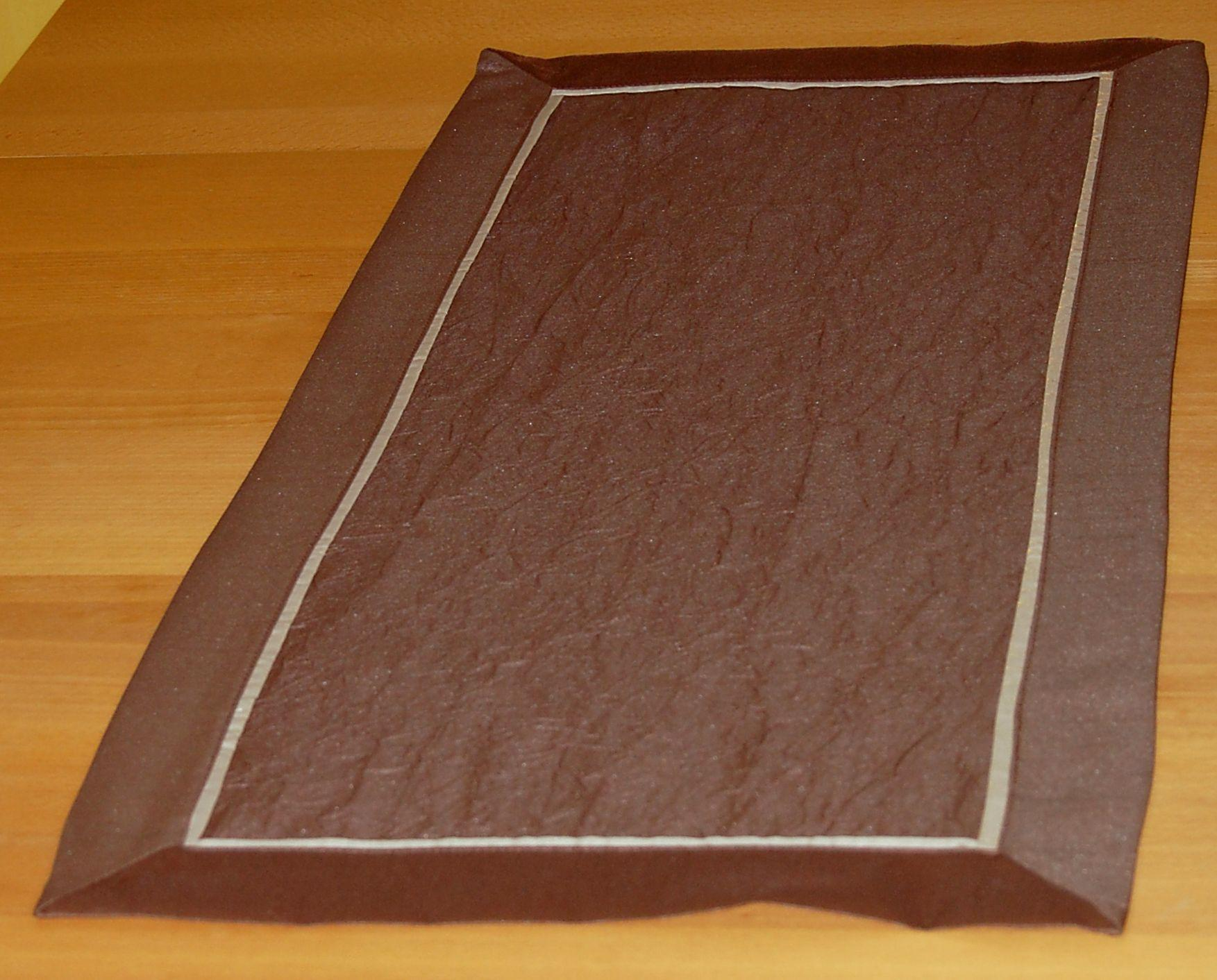 tischdecke braun zierband beige mitteldecke tischl ufer kissenh lle tischtuch ebay. Black Bedroom Furniture Sets. Home Design Ideas