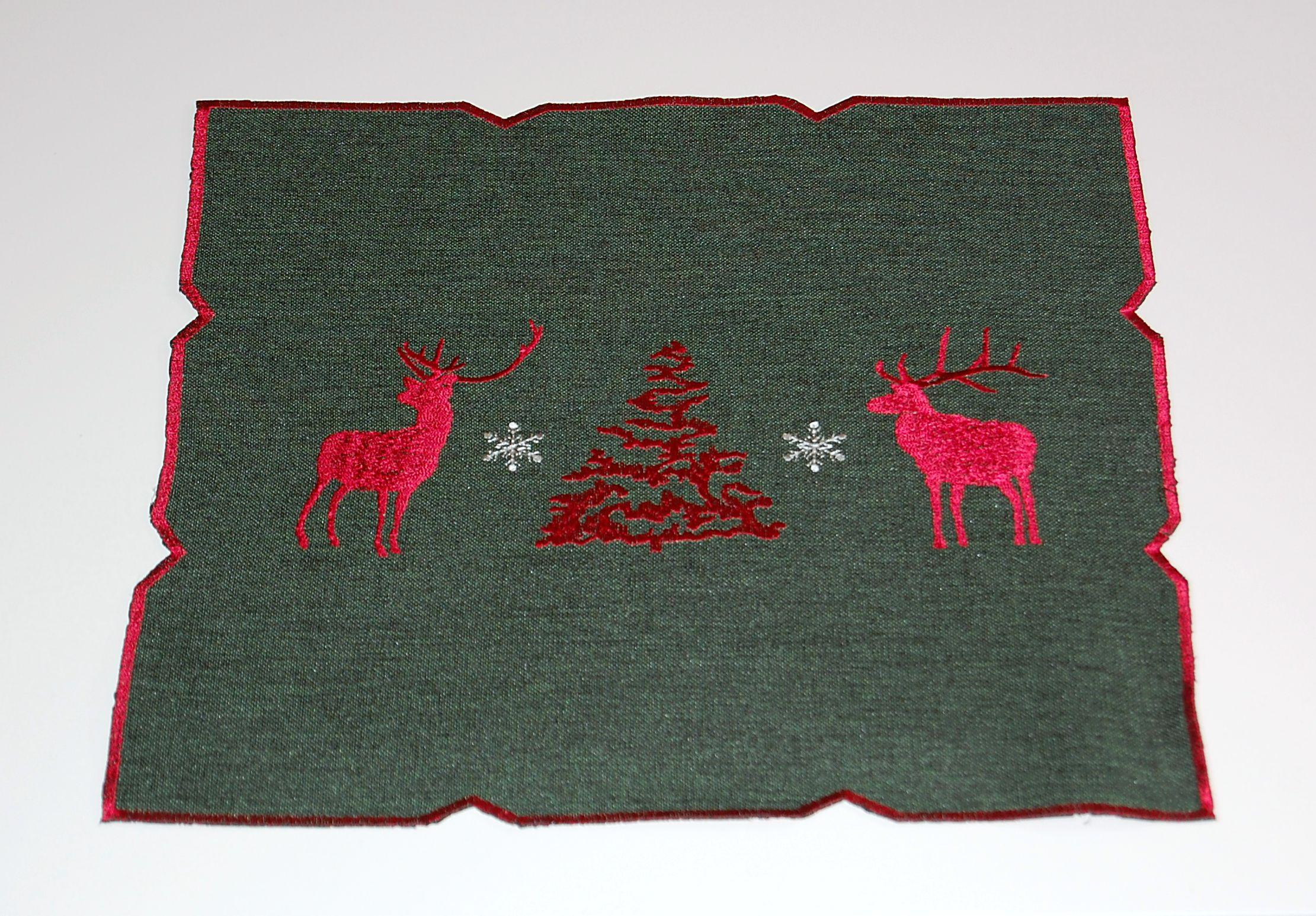 tablecloth christmas green stag red white table runner. Black Bedroom Furniture Sets. Home Design Ideas