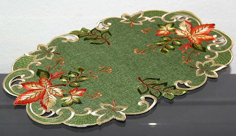 tischdecke gr n bl tter bunt gestickt herbst mitteldecke. Black Bedroom Furniture Sets. Home Design Ideas